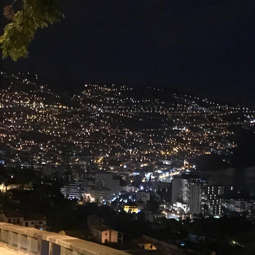 Funchal nocą